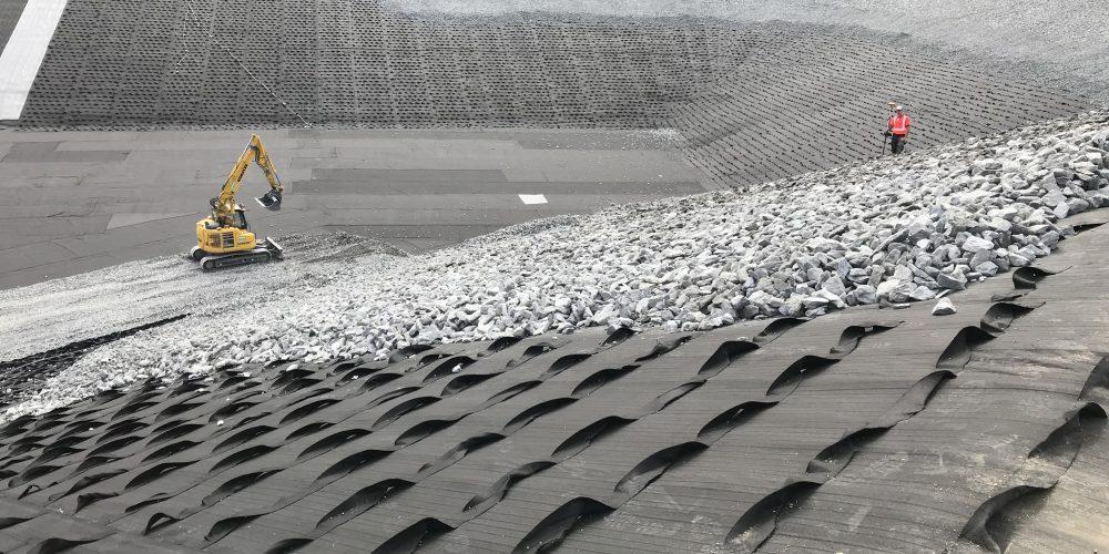Retenue des Combes- drainage et stabilisation de talus